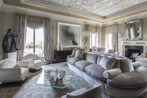 A Park Avenue Living Room
